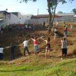 Moradores do Jardim Maringá protestam por terreno